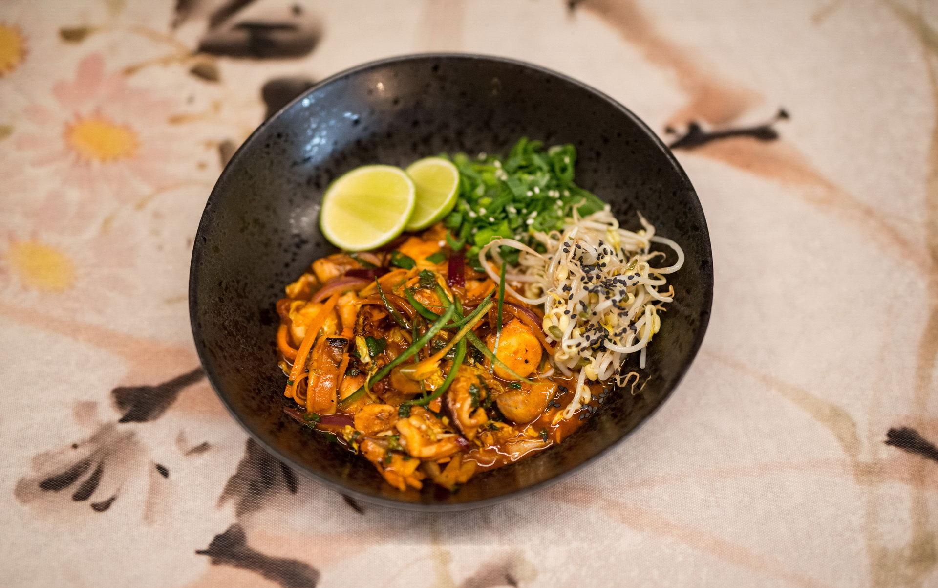 U příležitosti oslav nového lunárního roku vám vietnamští kuchaři vSia restaurant naservírují několikachodové tradiční menu.